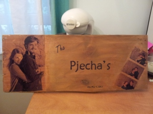 Here is the one that I made for Vicky as a wedding present.  Turned out pretty good, no?