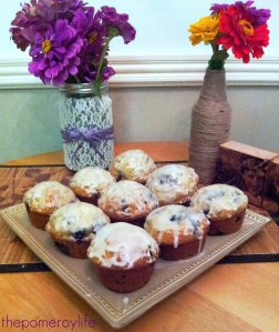 black and blue berry muffins (with lemon glaze)
