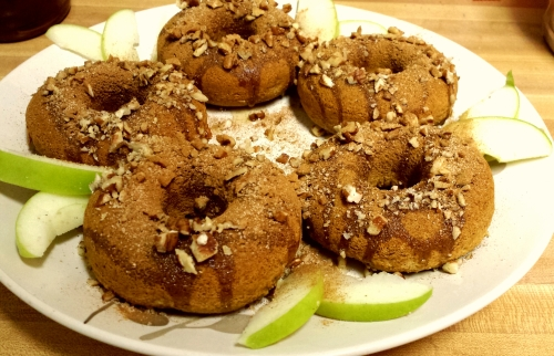 I got up at 5 this morning and made these Gluten-free, vegan Apple Cider Cake Doughnuts to wake Hubster up with =)